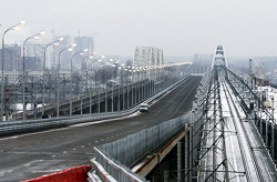 Открыто движение по Дарницкому мосту
