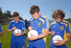 Компания «Хенкель Баутехник (Украина)» организовала товарищеский футбольный матч среди журналистов
