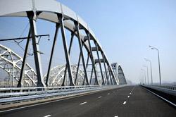 Открыто автомобильное движение по Дарницкому мосту